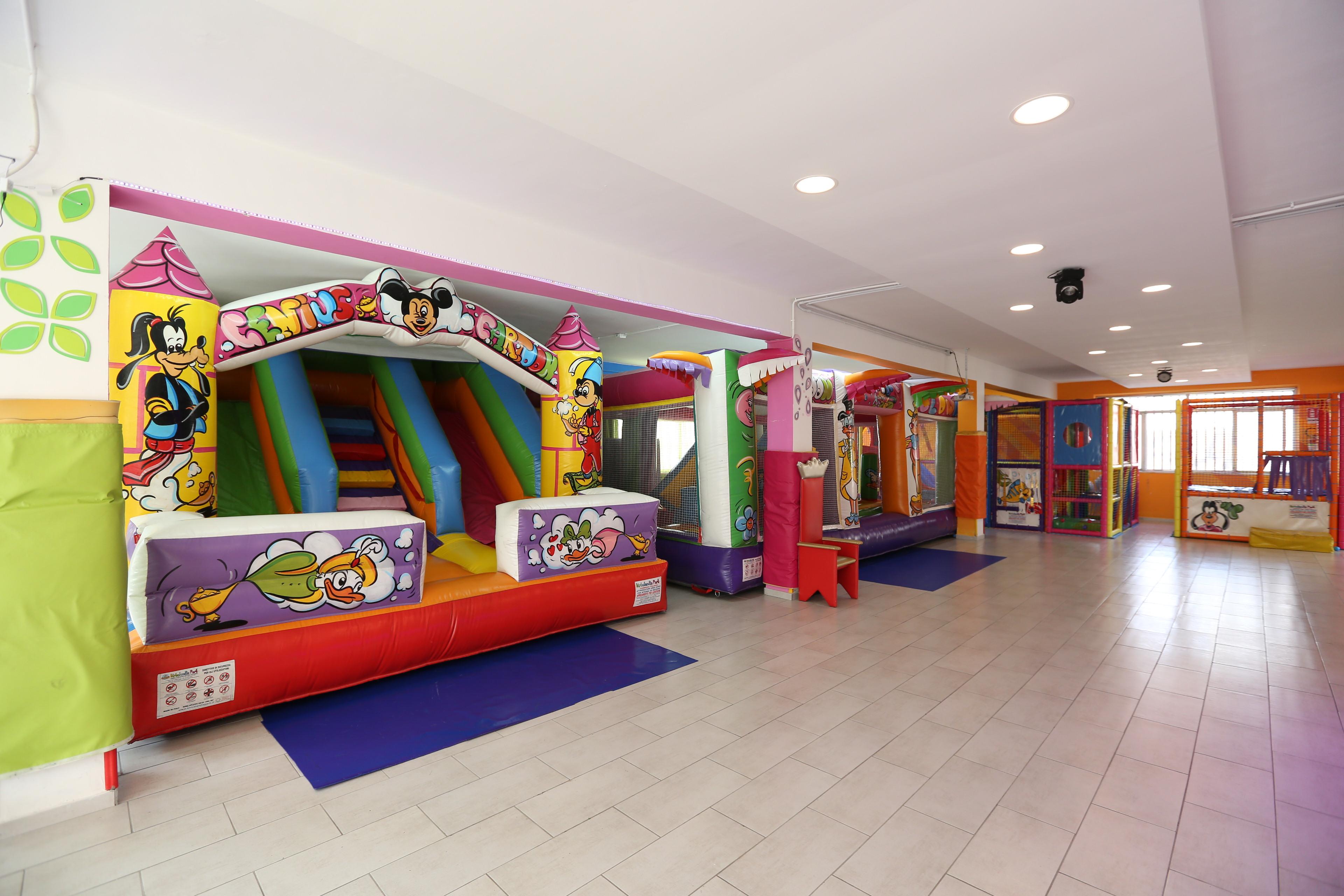 Piccole Sale Per Feste : Il castello sale eventi feste per bambini ludoteca